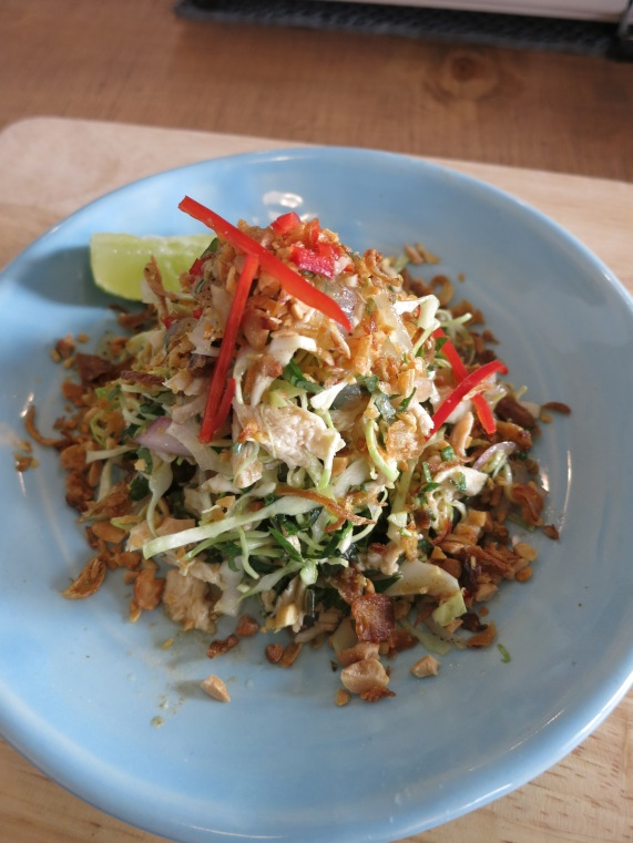 Chicken Salad with Cabbage and Jellyfish