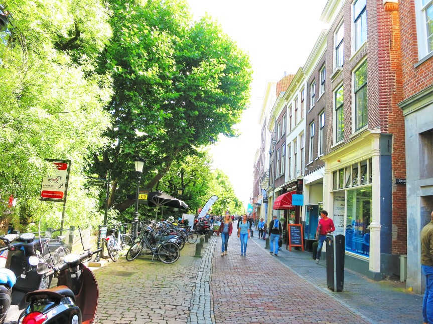 Utrecht the undiscovered city in the netherlands bitesbybee in utrecht you will find yourself in a medieval city centre that is ideal to explore by foot solutioingenieria Images